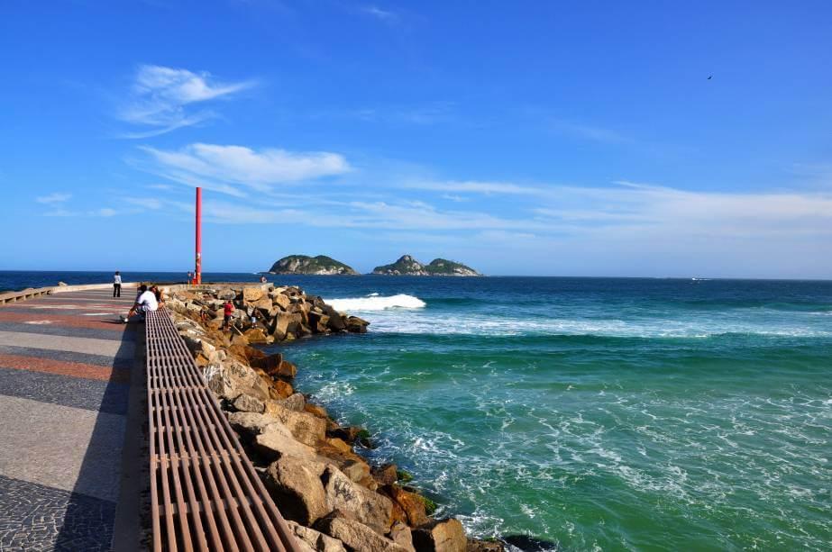 As-10-melhores-praias-do-Rio-de-Janeiro.-1