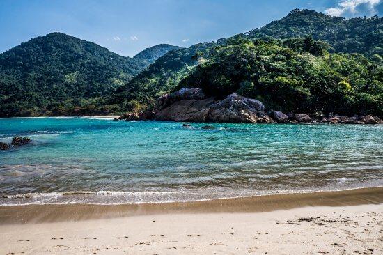 5 praias do rio de janeiro que você precisa conhecer.